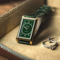 Geckota R-01 Rectangular Vintage Style Watch